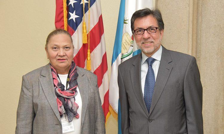 Guatemala's Attorney General María Consuelo Porras and U.S. Ambassador Luis Arreaga. (Wikimedia)