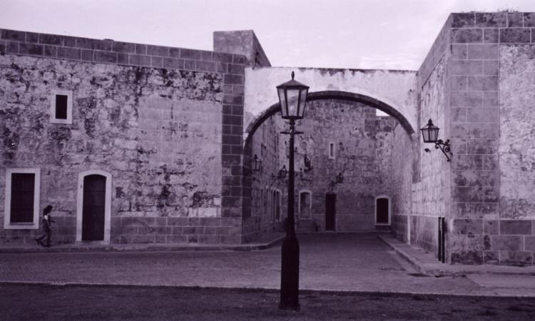 io-ft-La-Cabaña-fortress