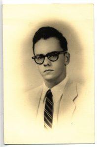 Adolfo Rivero a los 22 años